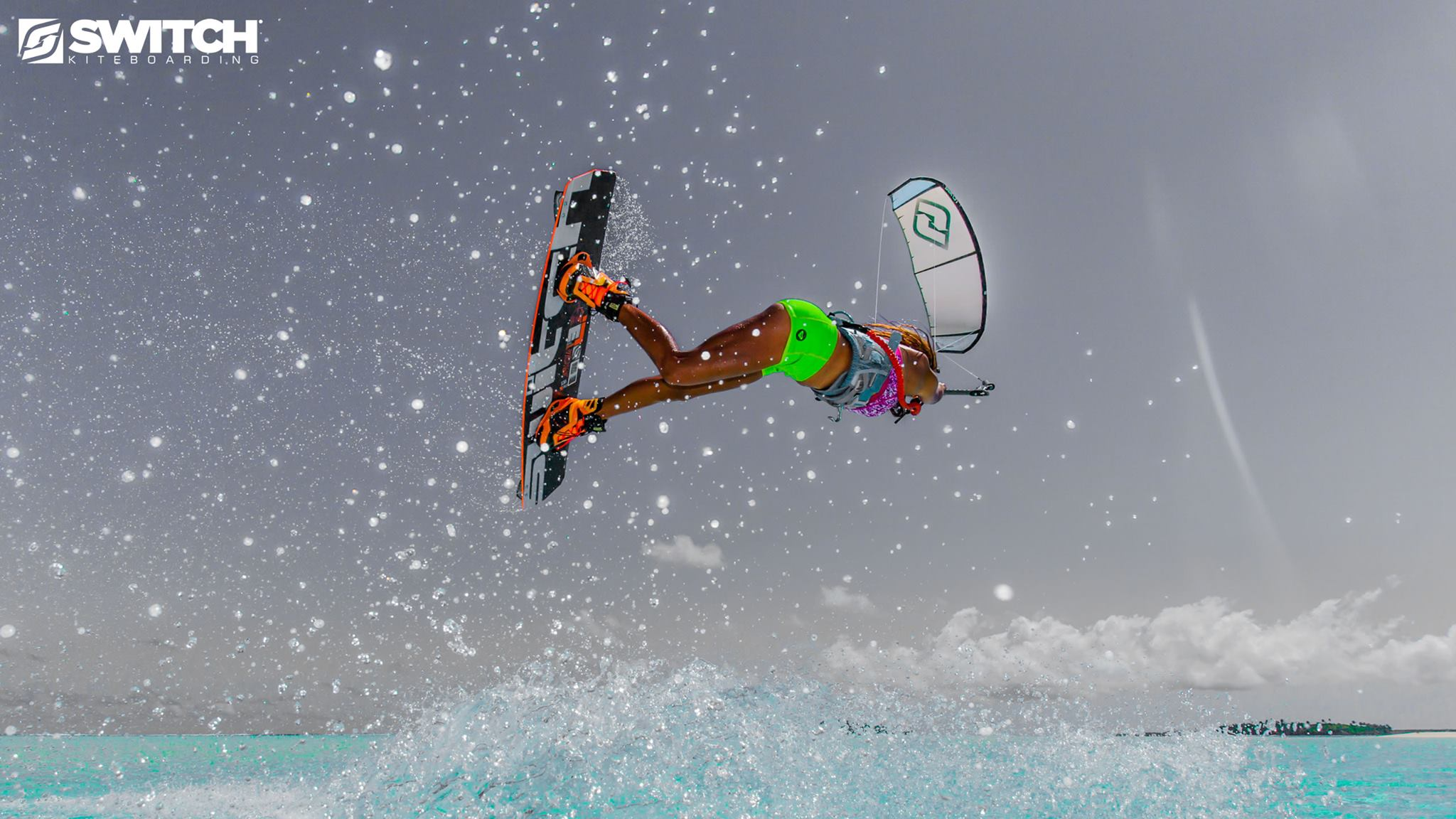 Kitesurf kiteboarding kitesurfing kiteboard women kitesurfer sport photo of the day image images photography Greta-Menardo-universkite.fr