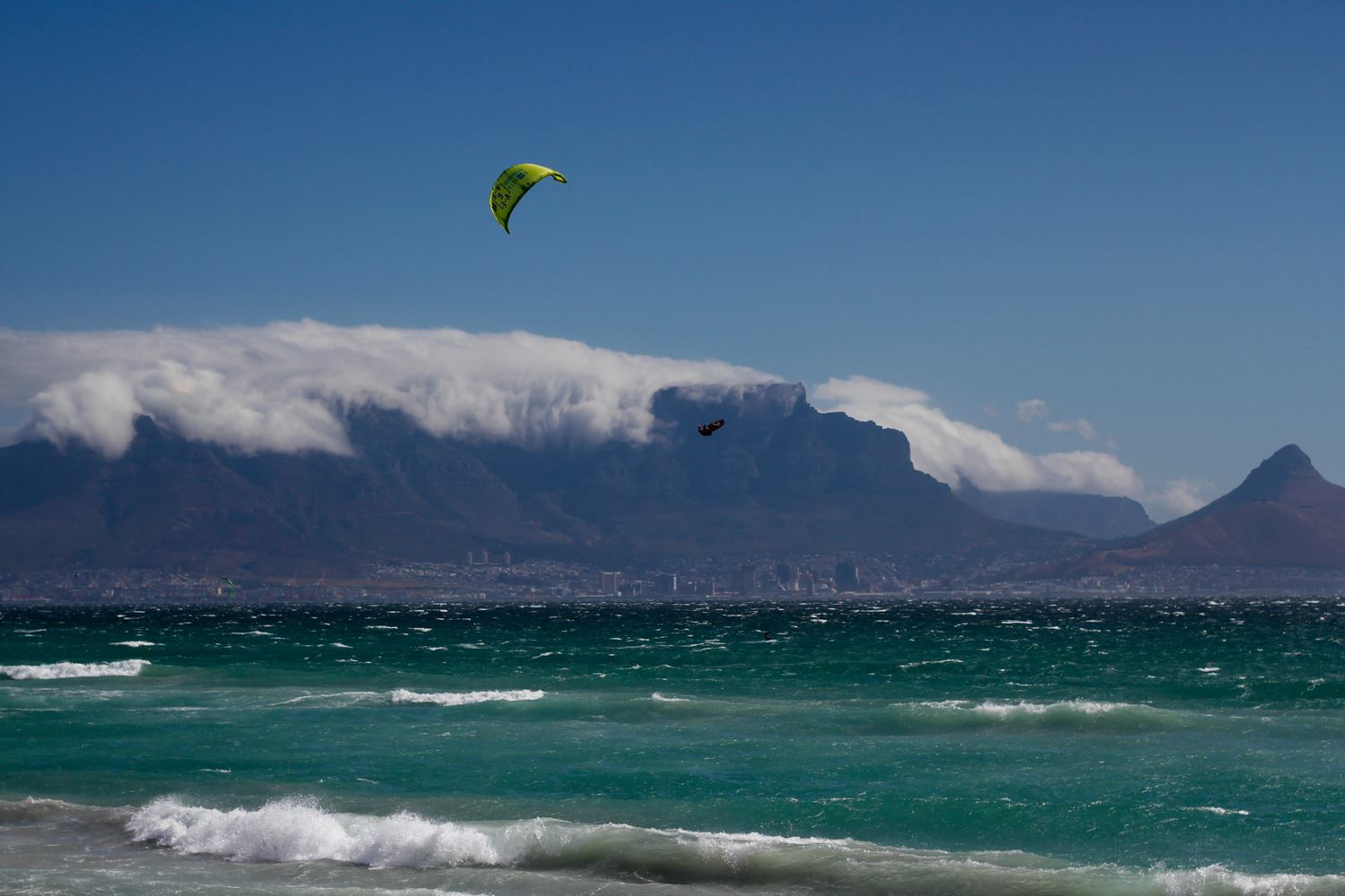 Kitesurf kiteboarding kitesurfing kiteboard women kitesurfer sport photo of the day image images photography Lewis-Crathern-universkite