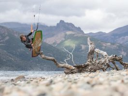 brandon-scheid-by-vincent-bergeron Kitesurf kiteboarding kitesurfing kiteboard women kitesurfer sport photo of the day image images photography kite surf