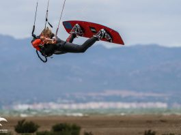 Kitesurf kiteboarding kitesurfing kiteboard women kitesurfer sport photo of the day image images photography kite surf jerome-vandevelde