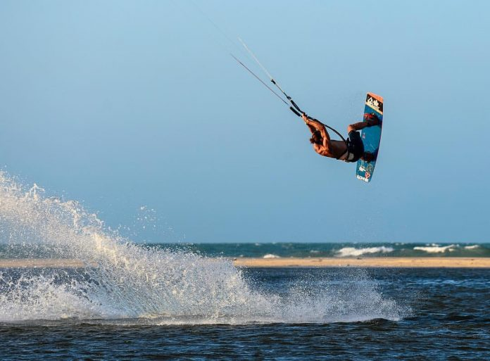 youri-zoon-kiteboarding-front-mobe-7 Kitesurf kiteboarding kitesurfing kiteboard women kitesurfer sport photo of the day image images photography kite surf